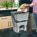 Kitchen Composter - in use