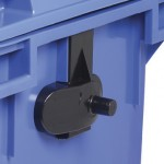 Side handles for lifting equipment