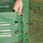 Assembling a Thermo King composter with side clips